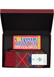 Hot Chocolade heren cadeauset Burlington Huissokken met melk chocolade, rood geruit